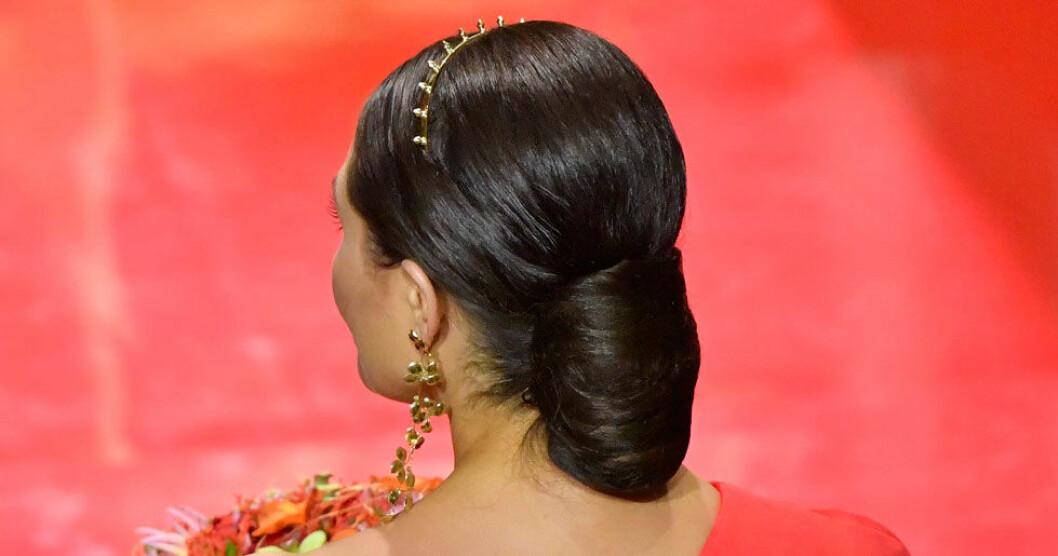 Kronprinsessan Victorias fina outfitdetalj under Polarpriset