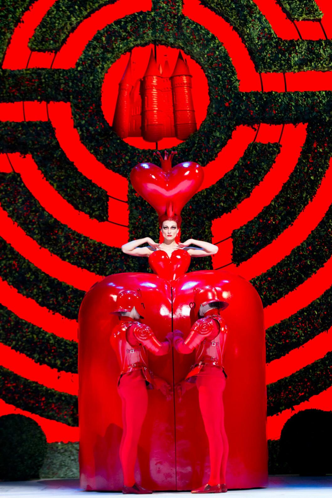 Inredningsnyheter Alice in Wonderland London
