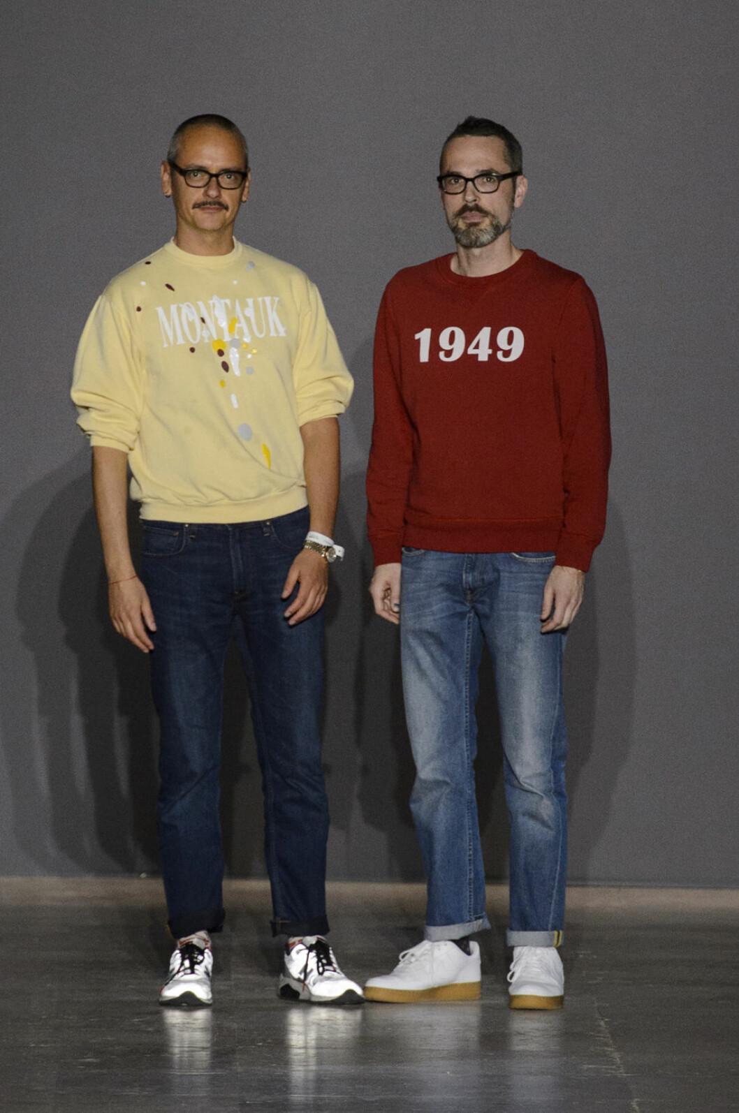 Designduon Viktor&Rolf i collagetröjor