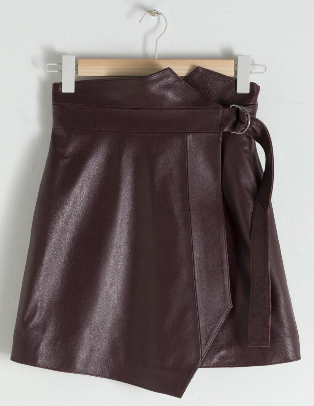 Kort snygg kjol från & Other stories.