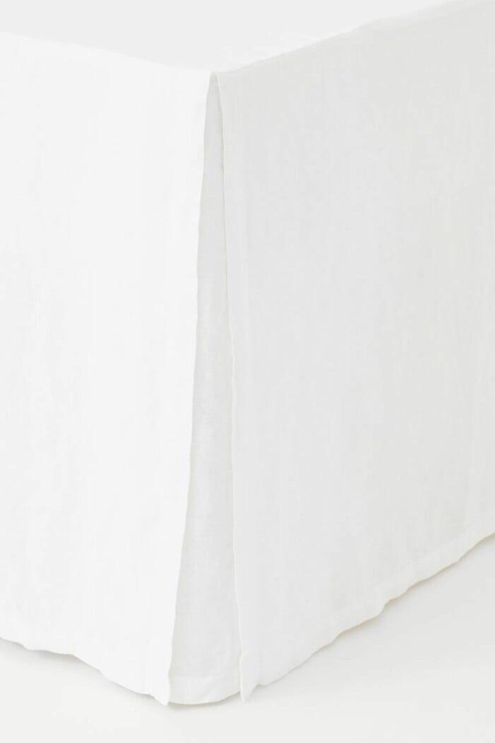 vit sängkappa linne