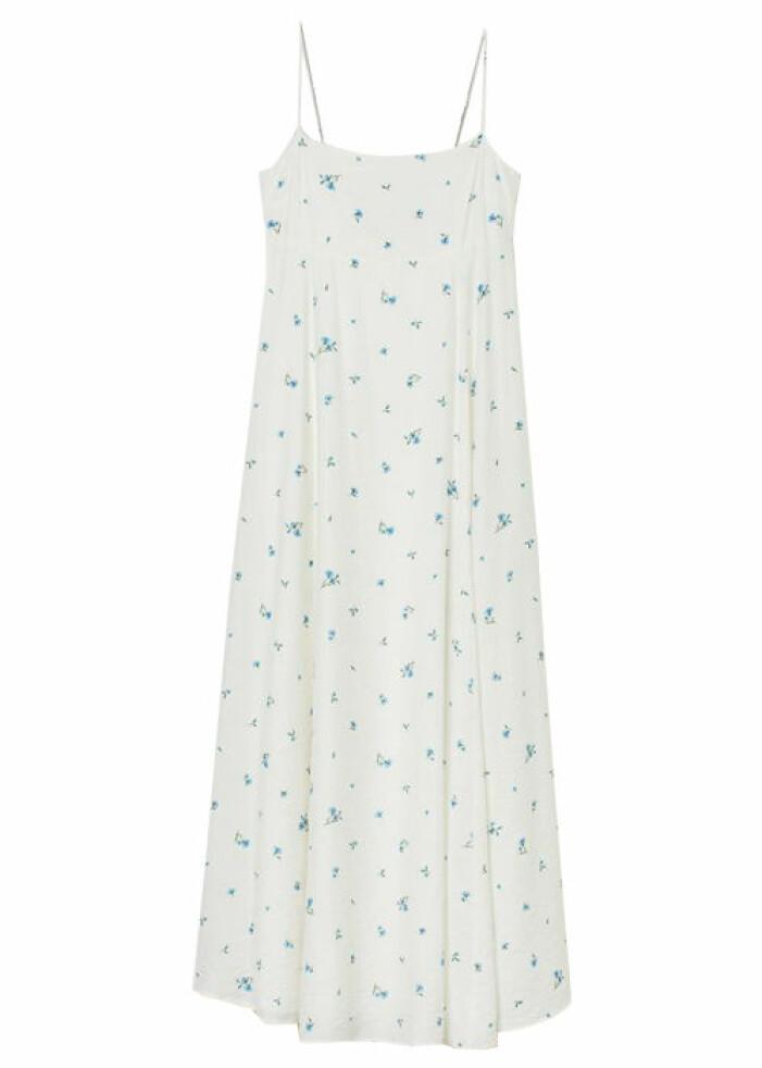 vit blommig klänning