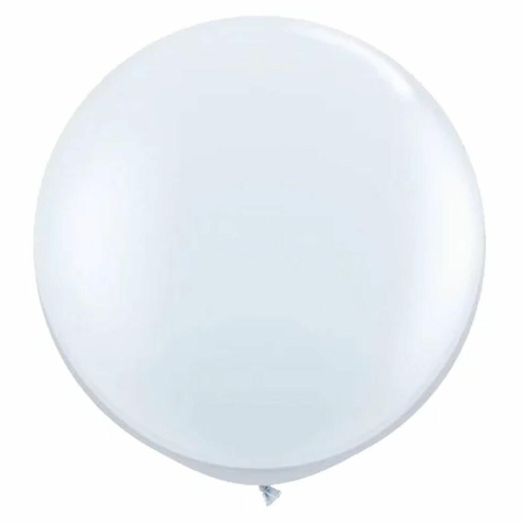 Vit rund jätteballong till bröllop
