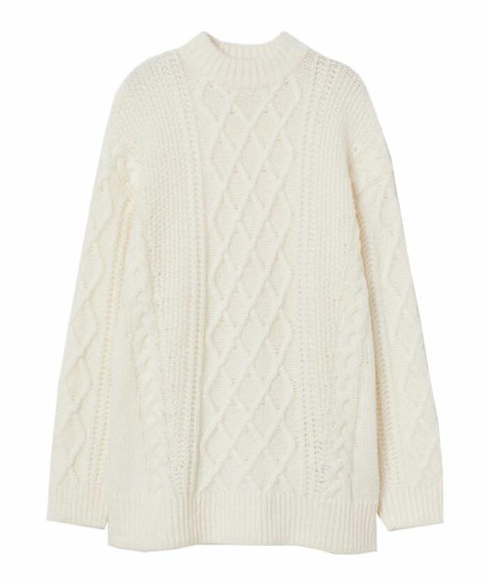 vit kabelstickad tröja från hm