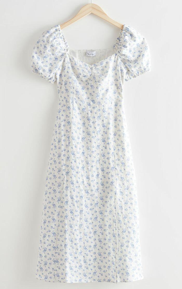 vit mönstrad klänning dam