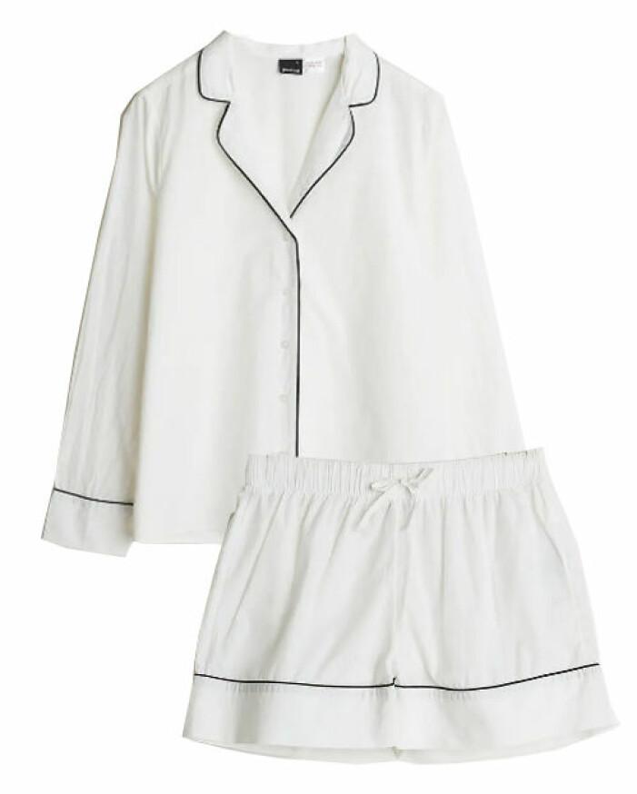 vit pyjamas med skjorta och shorts till dam