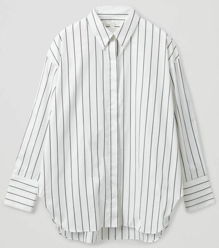 Vit skjorta med ränder från Cos.