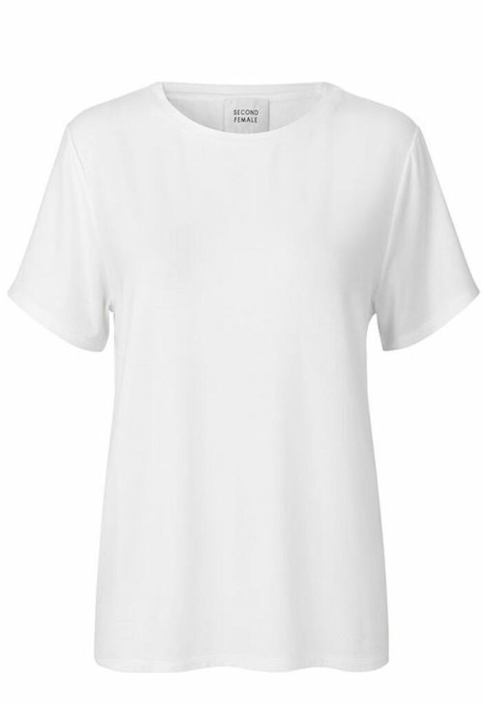vit-tshirt-second-female