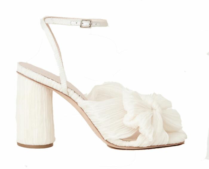 Vita klackskor med rosett från Loeffler Randall