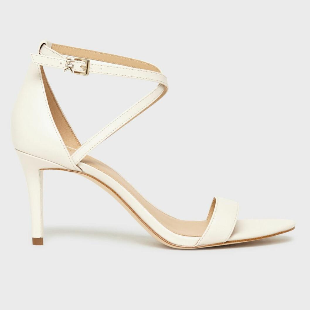 Vita läderpumps från Michael Kors