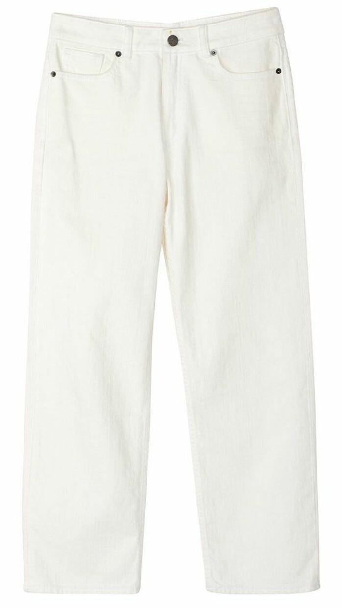 Vita raka jeans från Stylein som finns att köpa här.