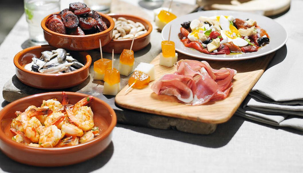 Bjud på spanska tapas med våra tips och recept.