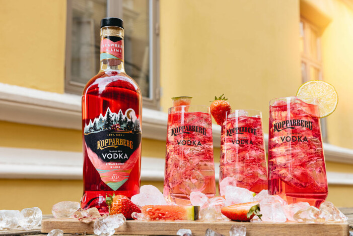 Kopparberg vodka och tre rosa drinkar