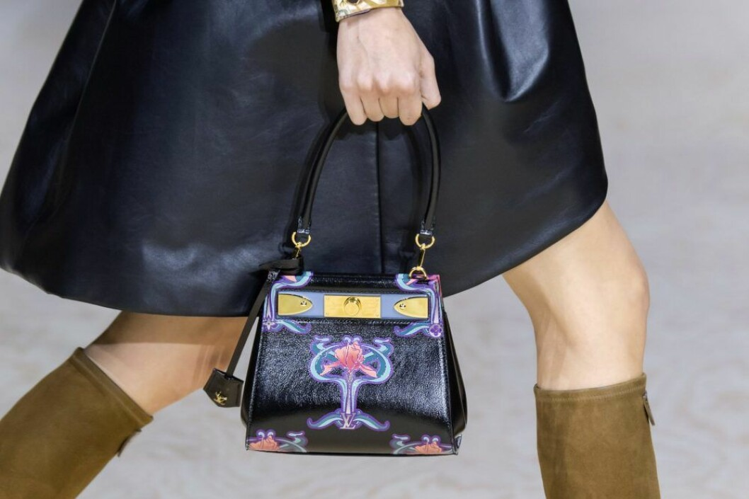 Louis Vuitton väska med blommor SS20