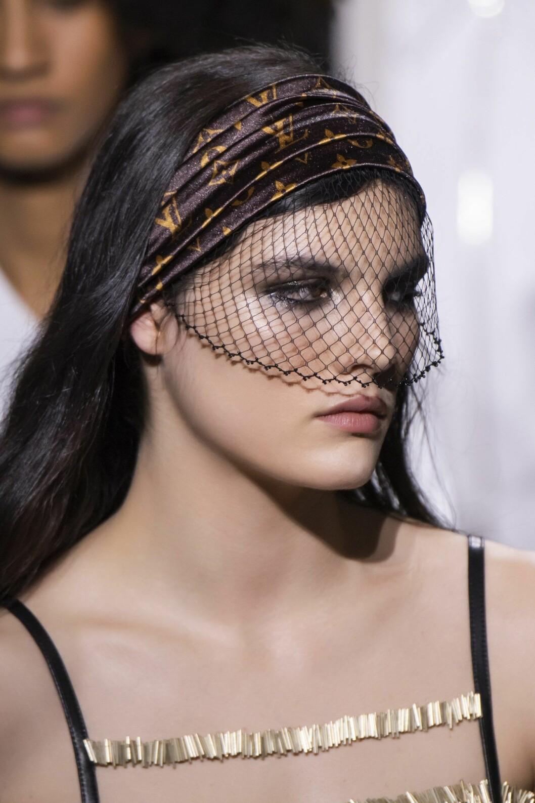 Louis Vuitton veil-headband