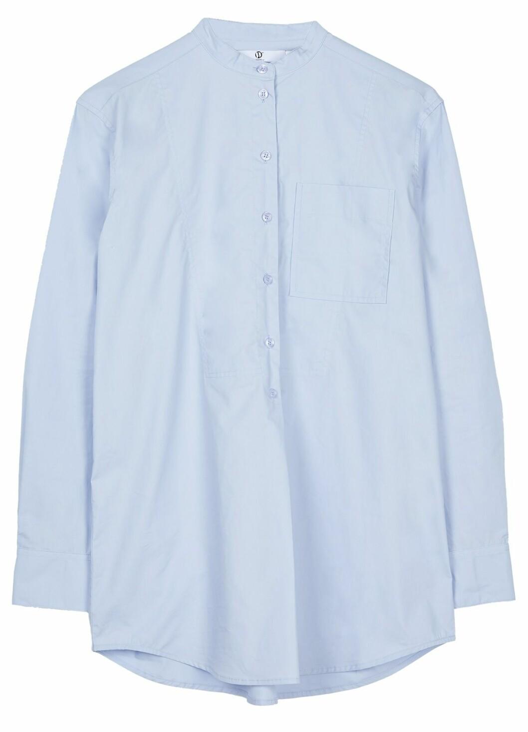 Ljusblå vardagsskjorta utan krage