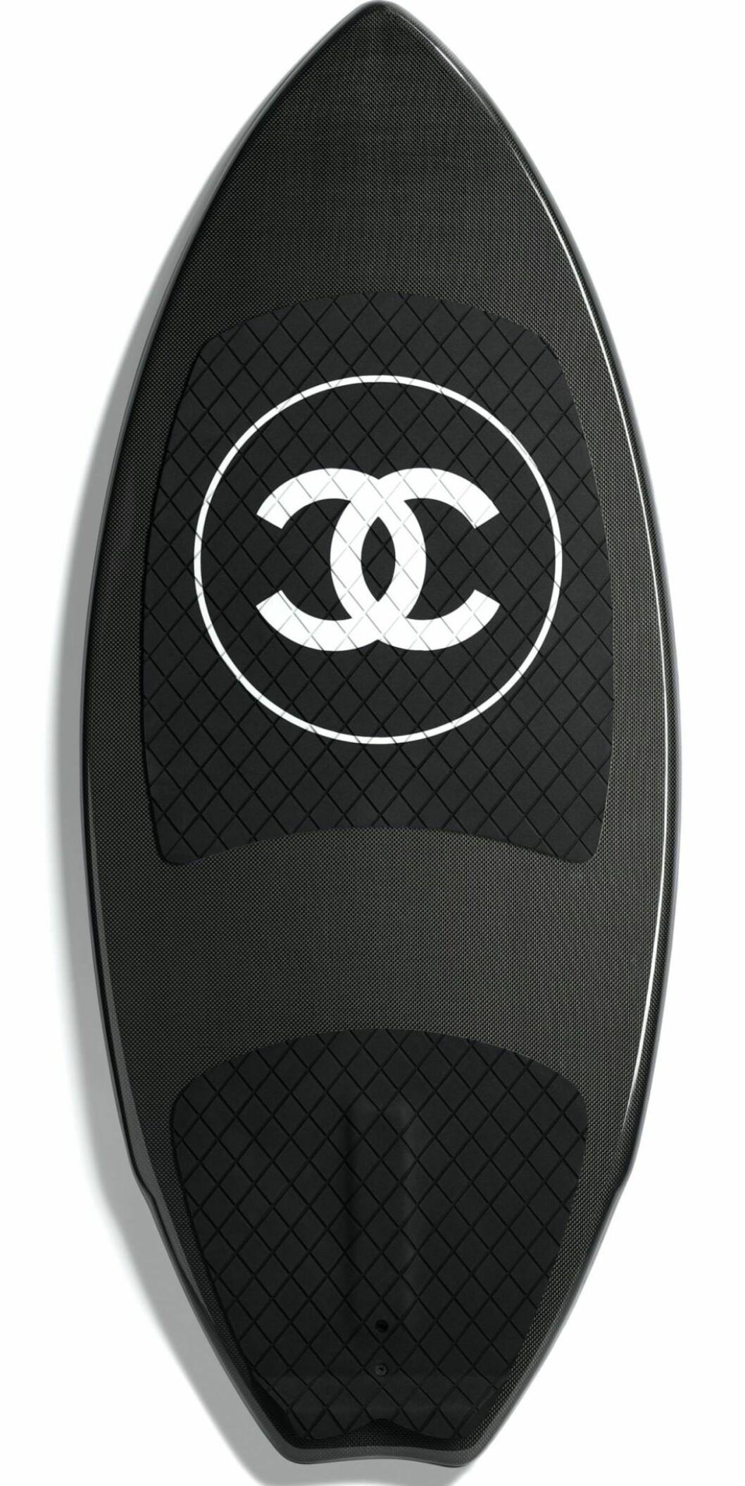 Exklusiv surfbräda från Chanel.