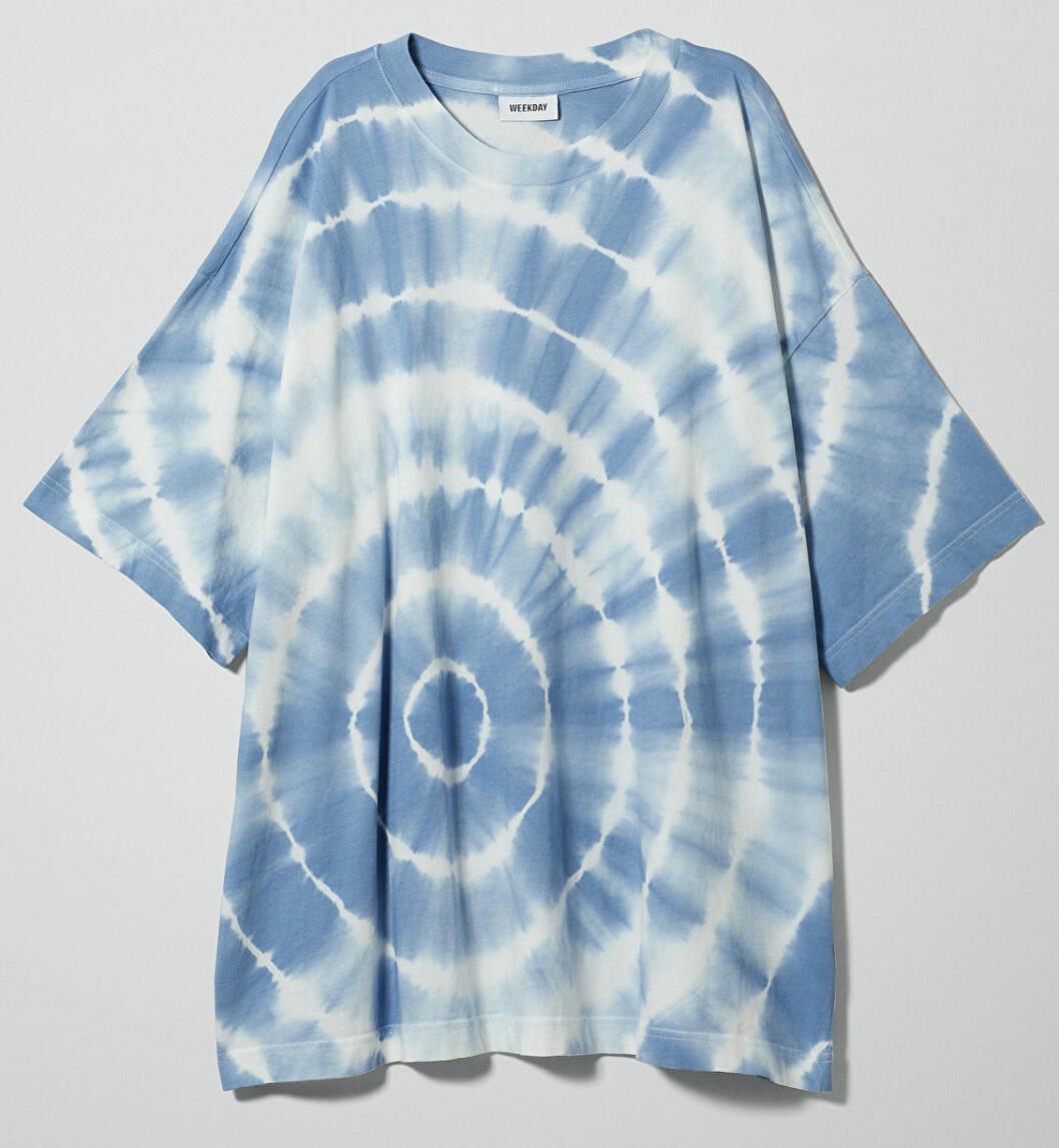 Tröja med tie dye mönster från Weekday.