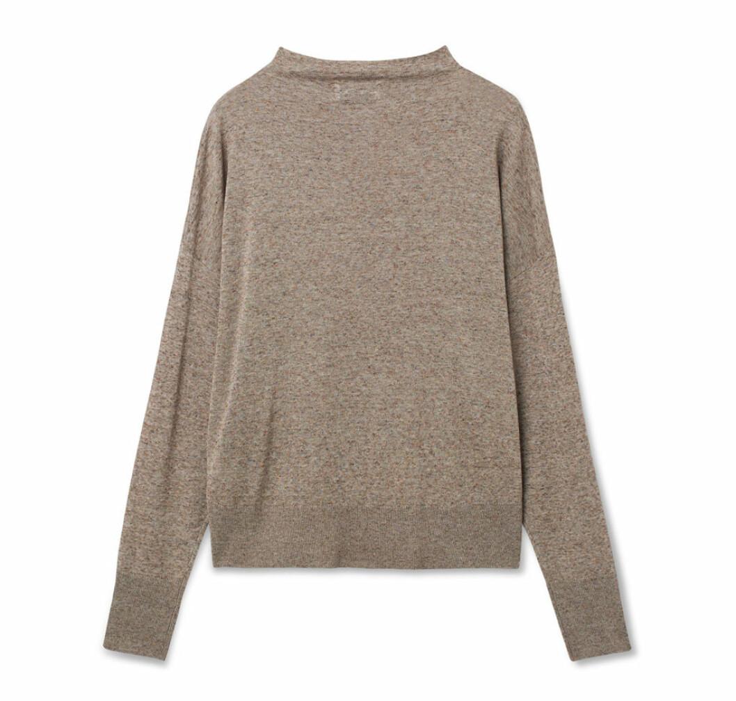 Beige stickad tröja från Wera