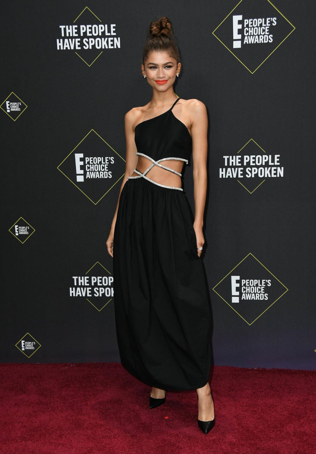 Zendaya på röda mattan på People's Choice Awards 2019