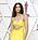 Zendaya i gul klänning