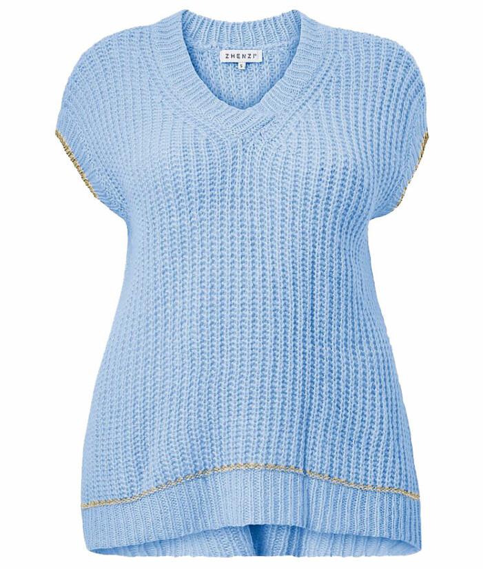 blå stickad tshirt