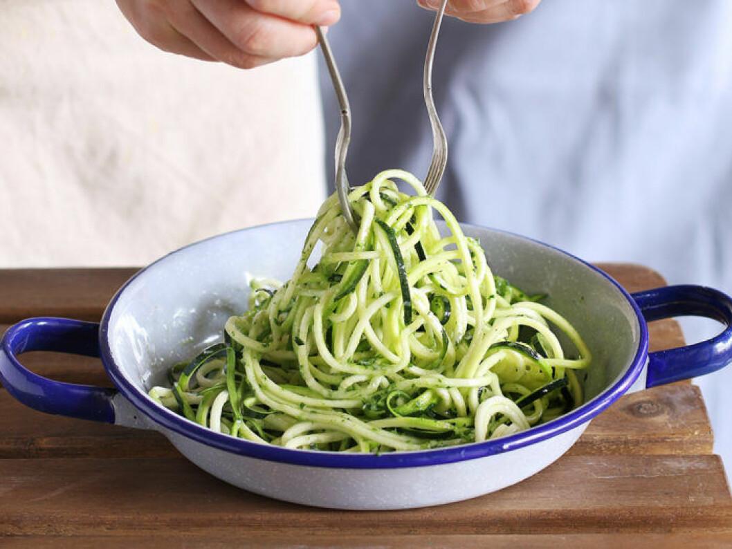 Zucchinipasta är både gott och nyttigt. Foto: Shutterstock